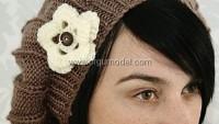 Beyaz Çiçek Motifli Bere Modeli