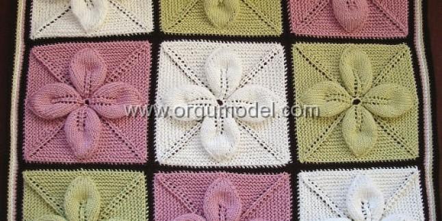 Çiçek Modelli Bebek Battaniyesi