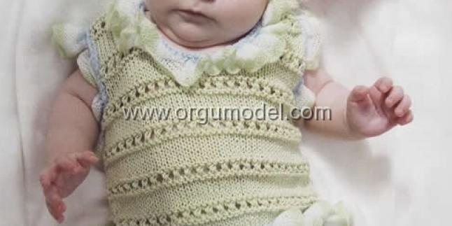 Bebeğiniz İçin Süveter Modeli