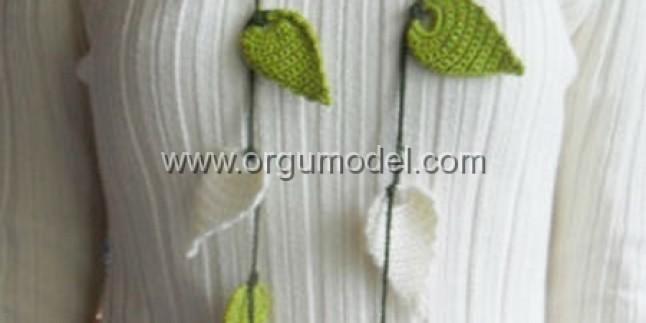 Yapraklı Fular Modeli