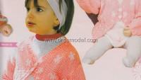 Beyaz Çiçekli Yavru Ağzı Kız Bebek Hırkası ve Elbisesi
