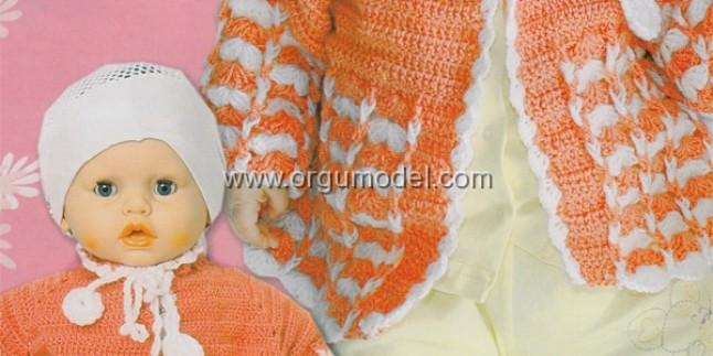 Beyaz Zigzag Cizgili Turuncu Erkek Bebek Hirkasi
