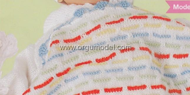 Çizgili Örgü Bebek Battaniyesi